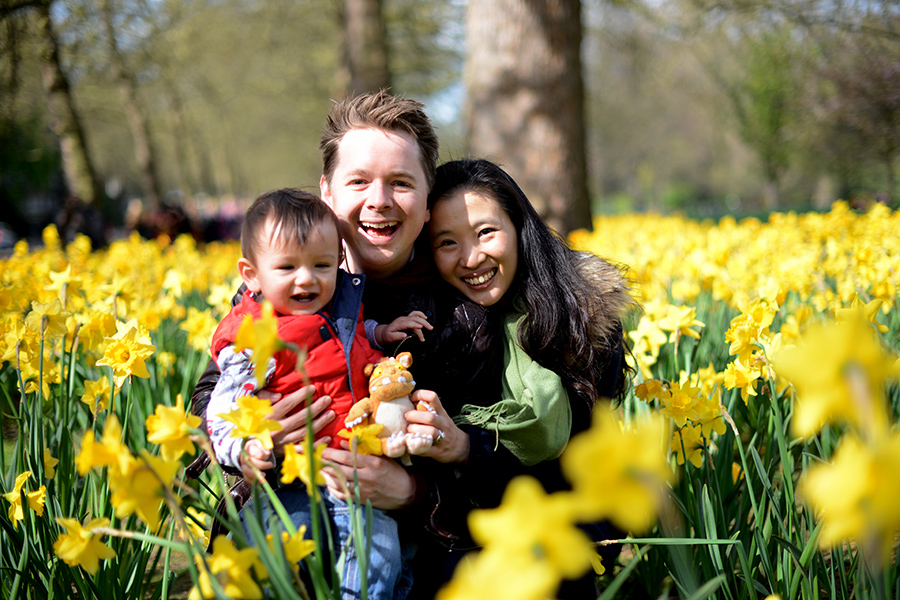 Hinton family in daffodils