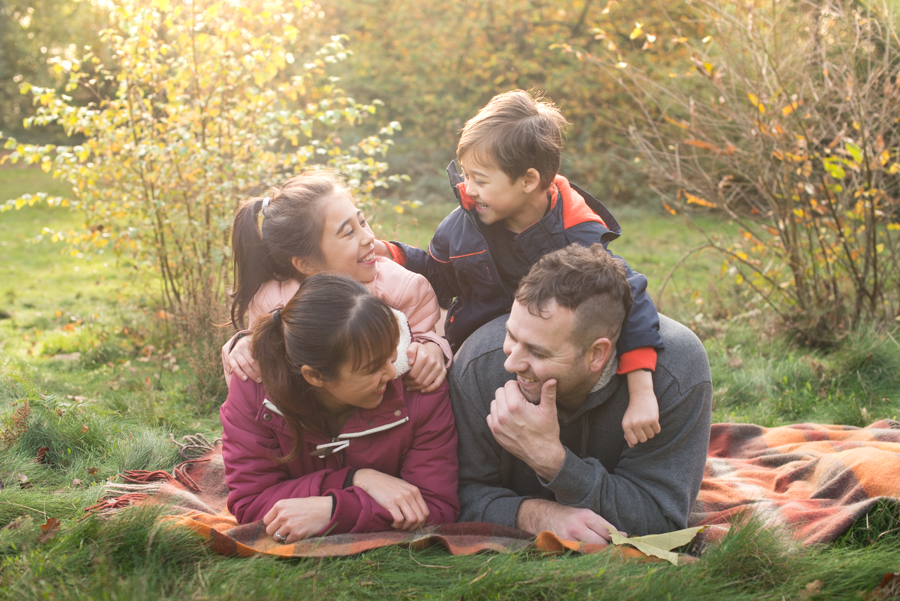 Surrey's Autumn colours family photoshoot